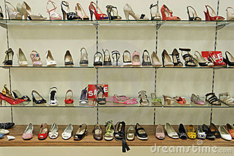 Shop for brands you love on sale. Discounted shoes, clothing, accessories and more at funon.ml! Score on the Style, Score on the Price.