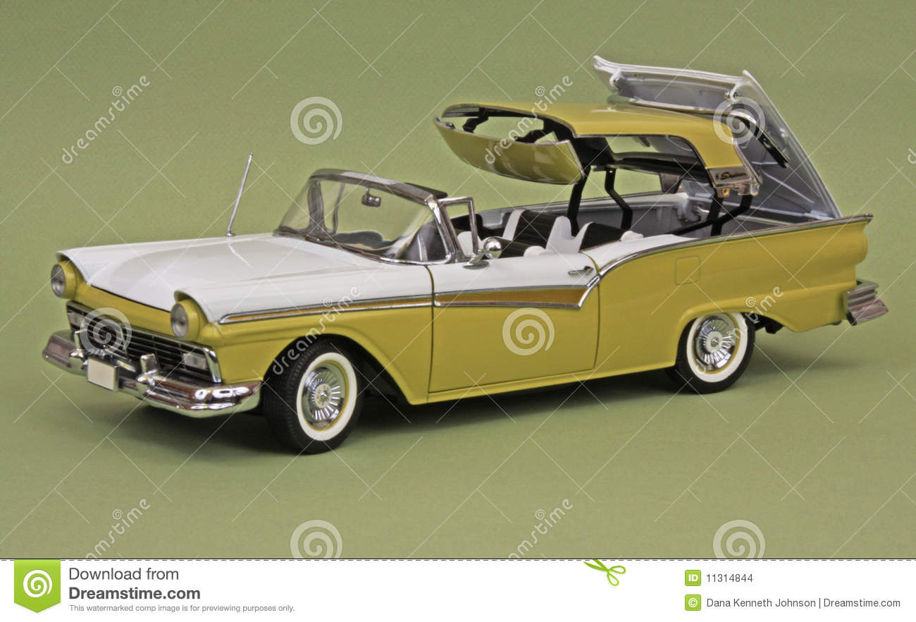 1957 Ford Fairlane Skyliner hardtop convertible, two-tone white and ...