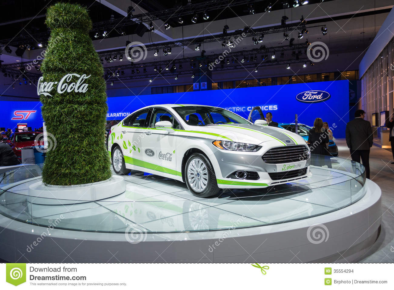 Ford fusion energi coca cola o car on display at the la for Dream motors los angeles