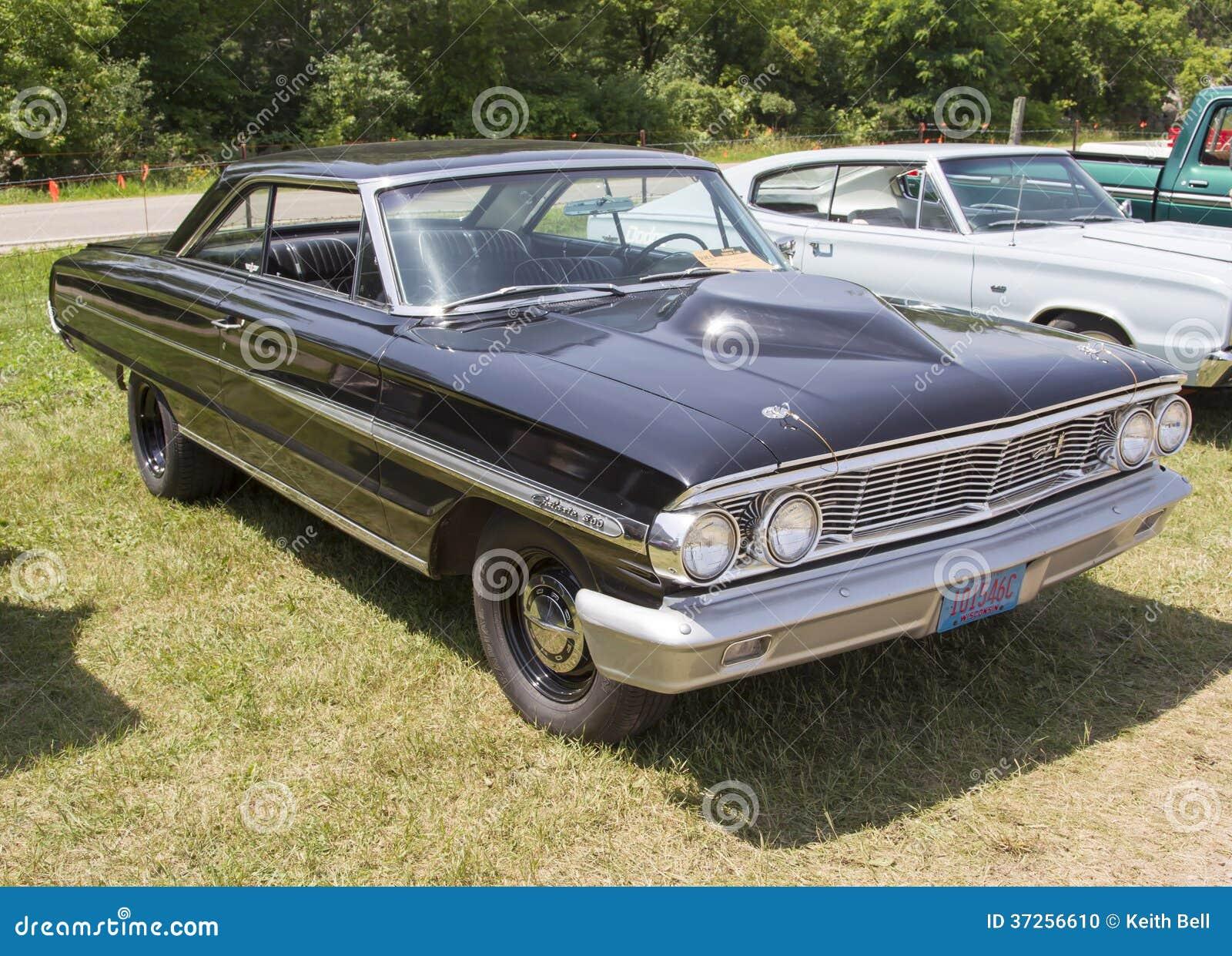 1954 Ford Galaxie noir