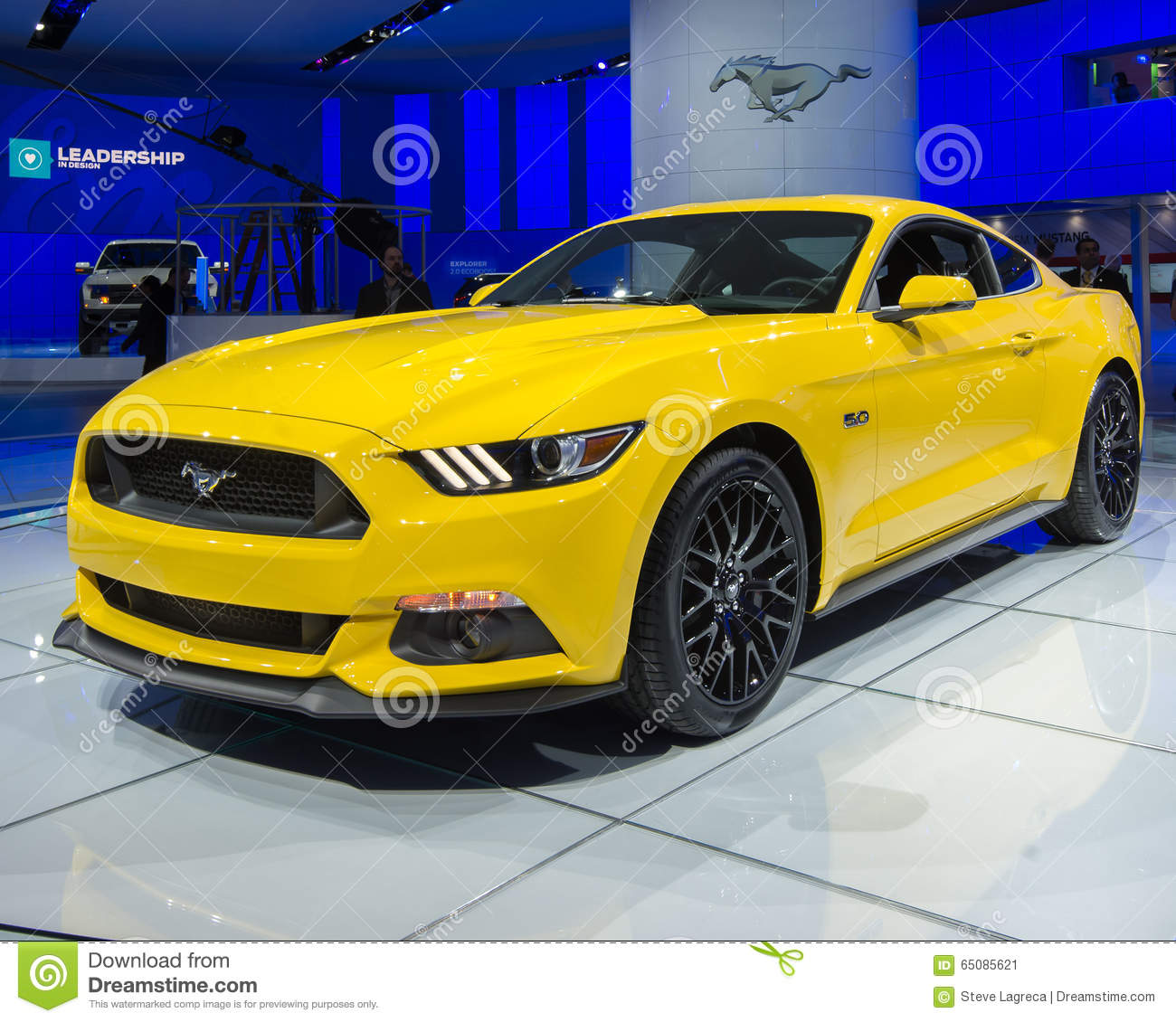 Ford Gt 2014 Price: 2014 Ford Mustang GT Editorial Photo. Image Of Yellow
