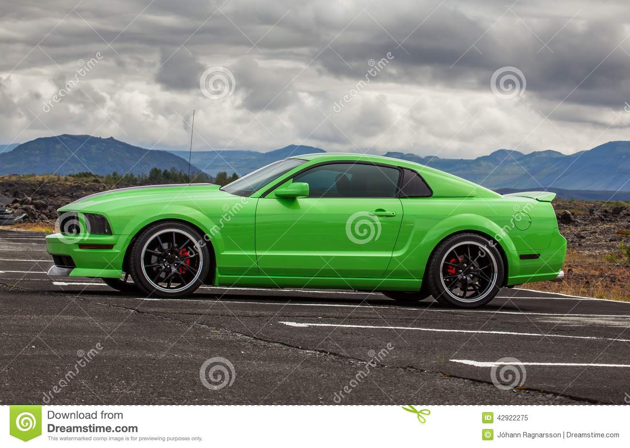 2006 Ford Mustang Gt Stock Image Of Concrete America 42922275