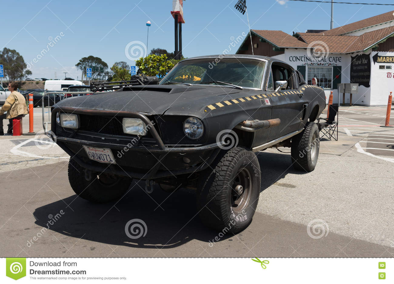 Apocalyptic car post