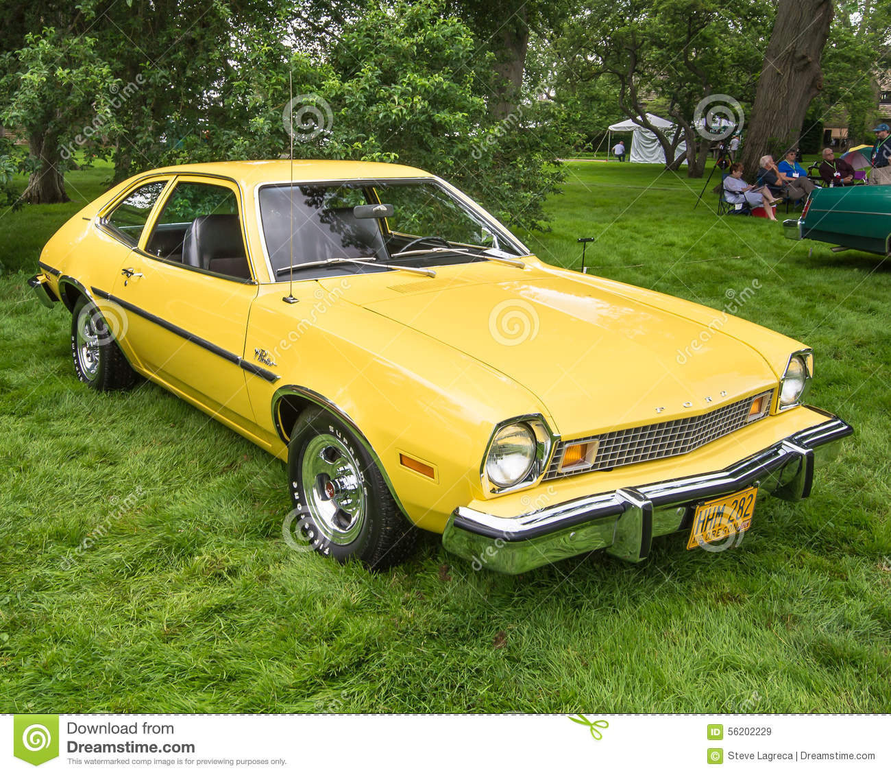 1974 Ford Pinto Lineup: 1976 Ford Pinto Runabout Editorial Photo
