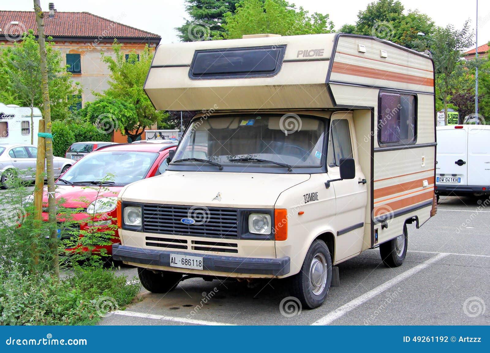 Ford Transit Rv >> Campervan Motorhome Retro Cartoon Vector   CartoonDealer.com #71117947