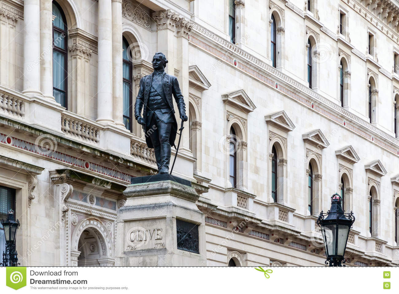Foreign Office i Robert Clive pomnik w Londyn