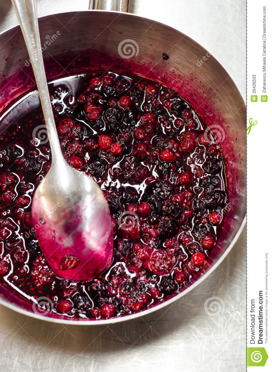 Forest berries reduction