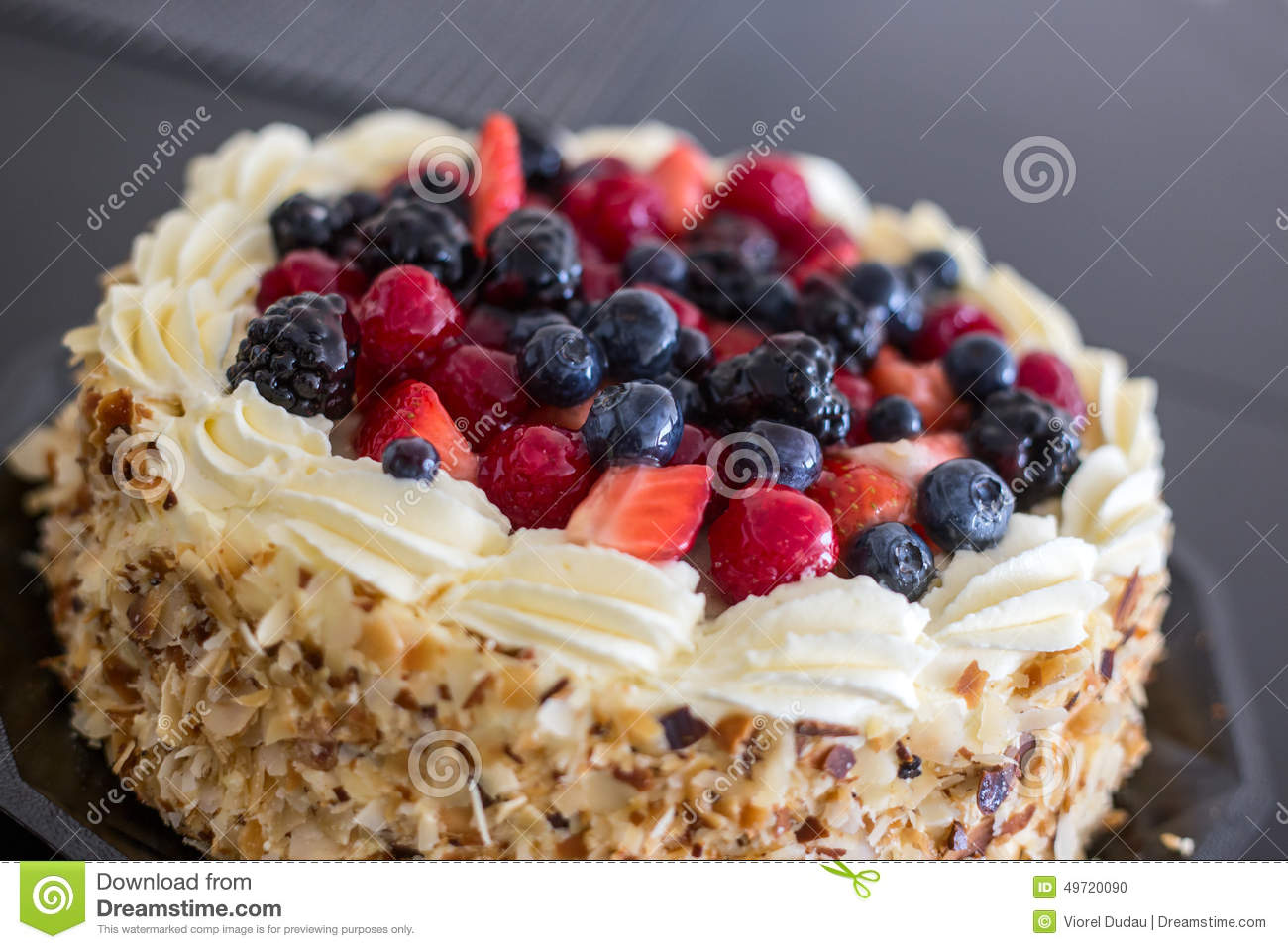 Cake Decoration With Dry Fruits
