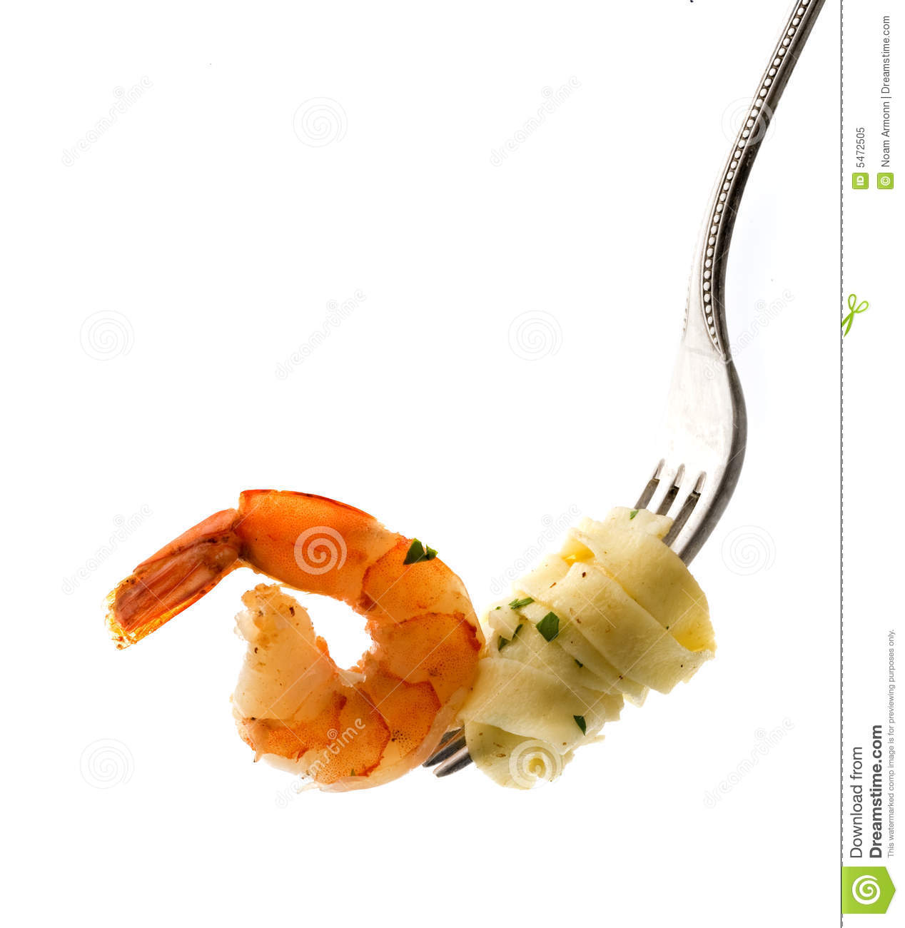 Fork with pasta and shrimp
