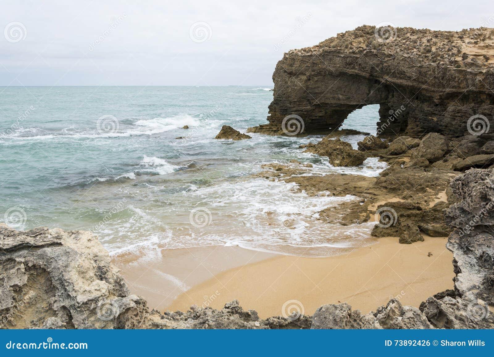 Formação de rocha arqueada, veste, Sul da Austrália