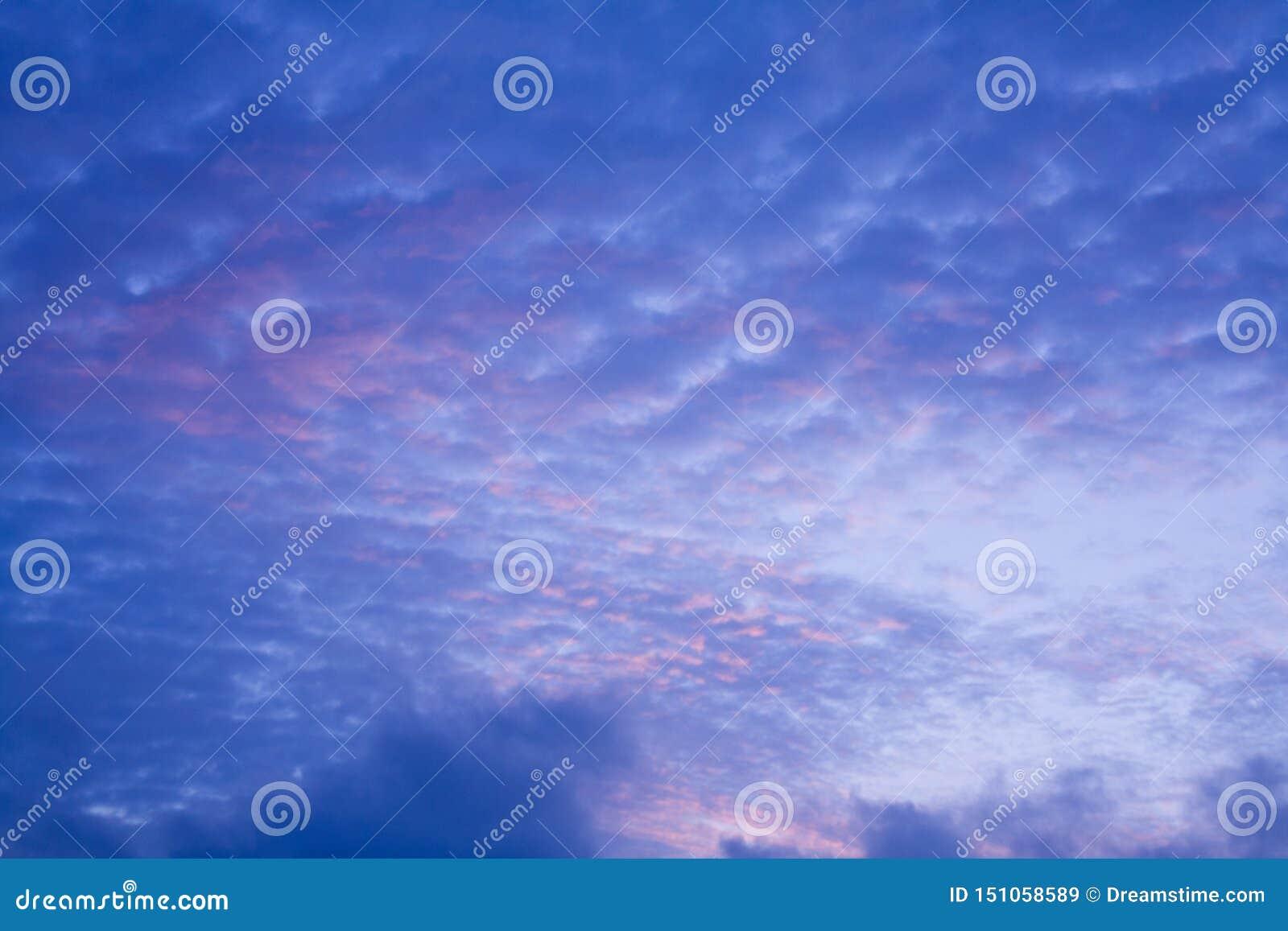 Formación abstracta de la nube