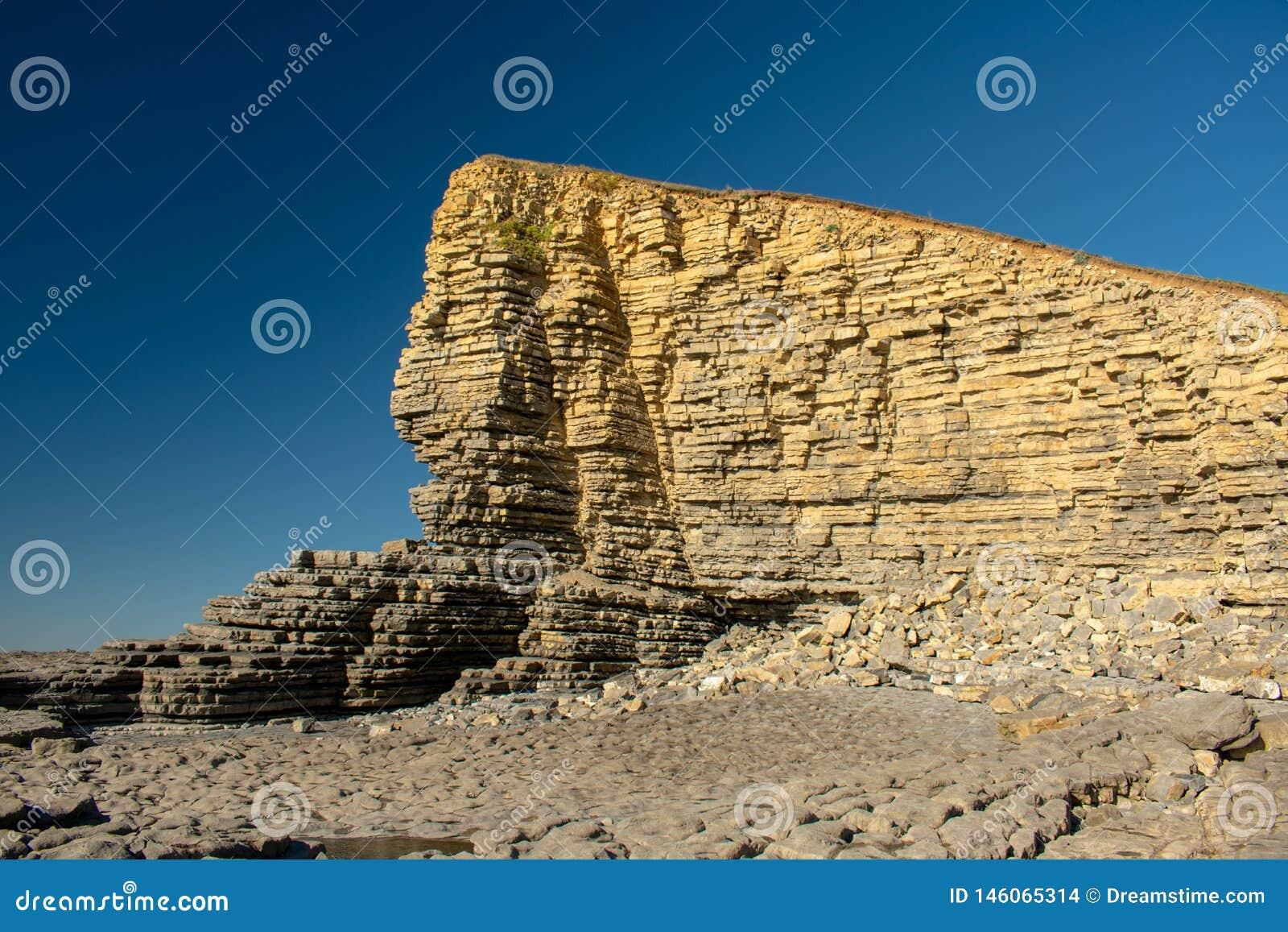 Formación de roca en Nash Point, País de Gales