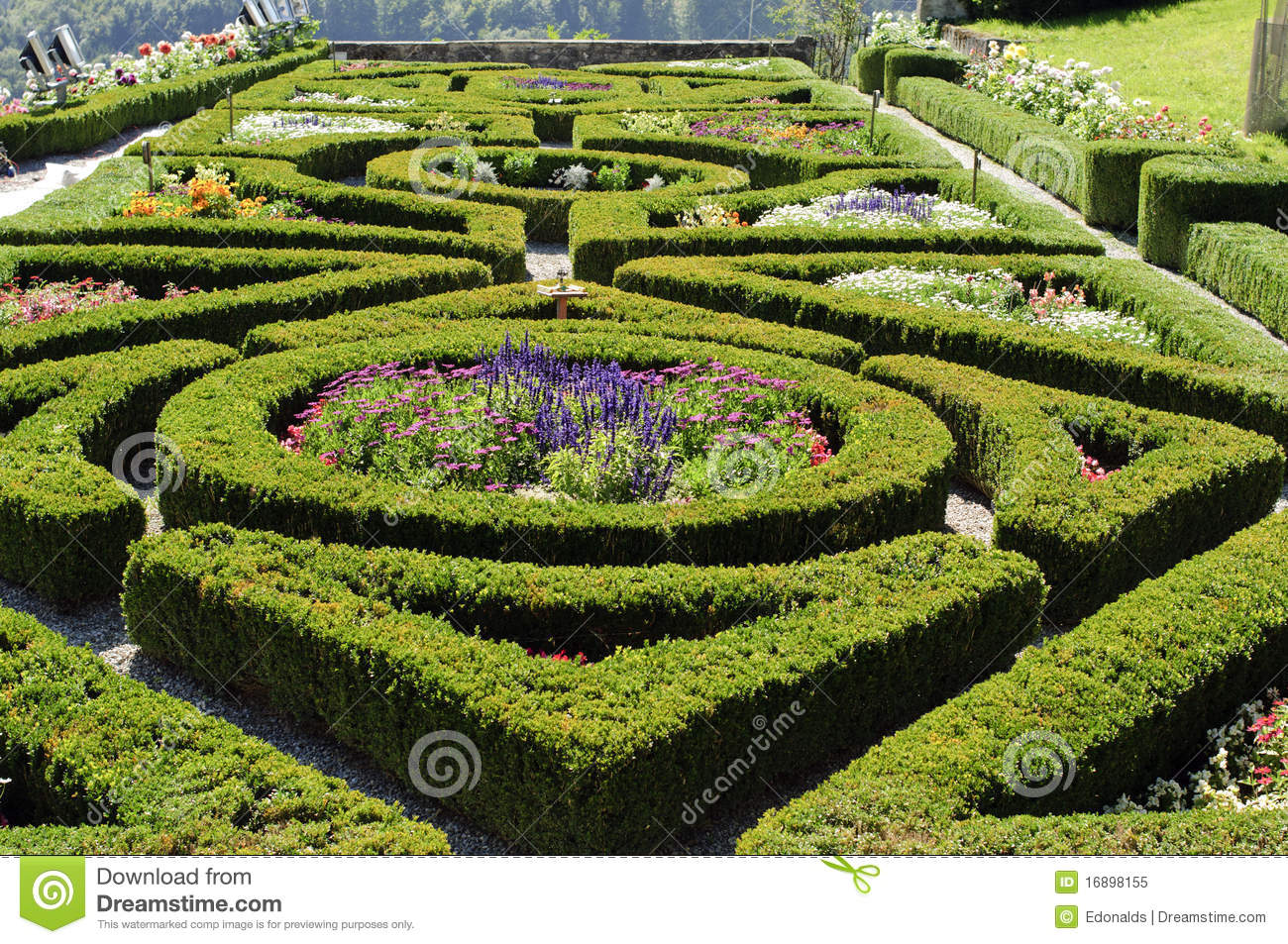 Formal french garden stock image image of countryside for Jardin francais
