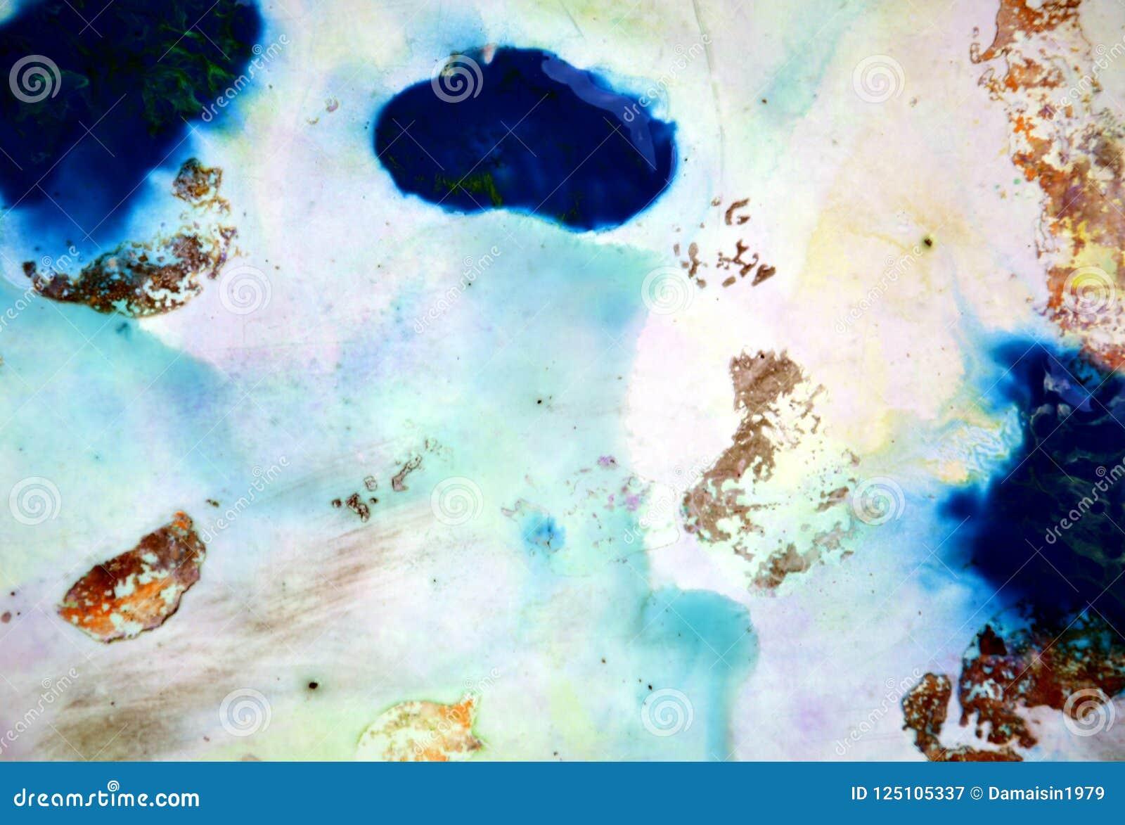 Formas de pintura em cores macias cinzentas azuis, fundo abstrato