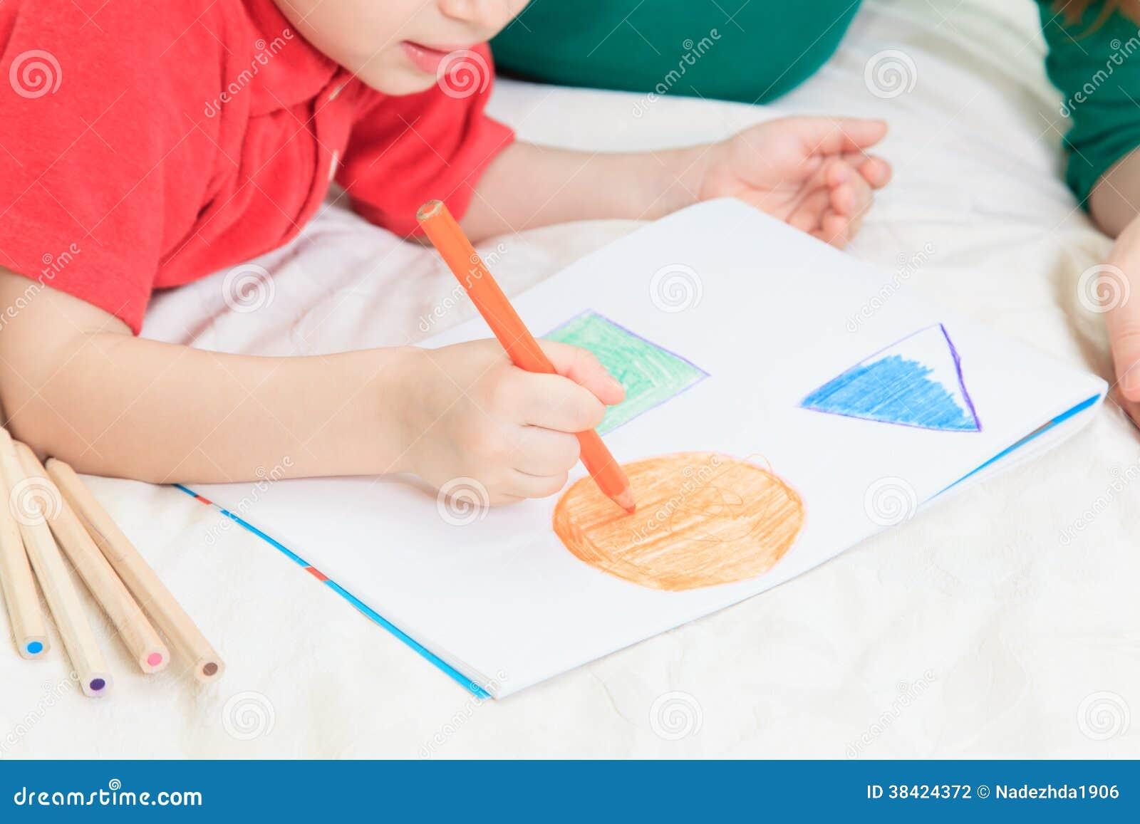 Formas do desenho da criança