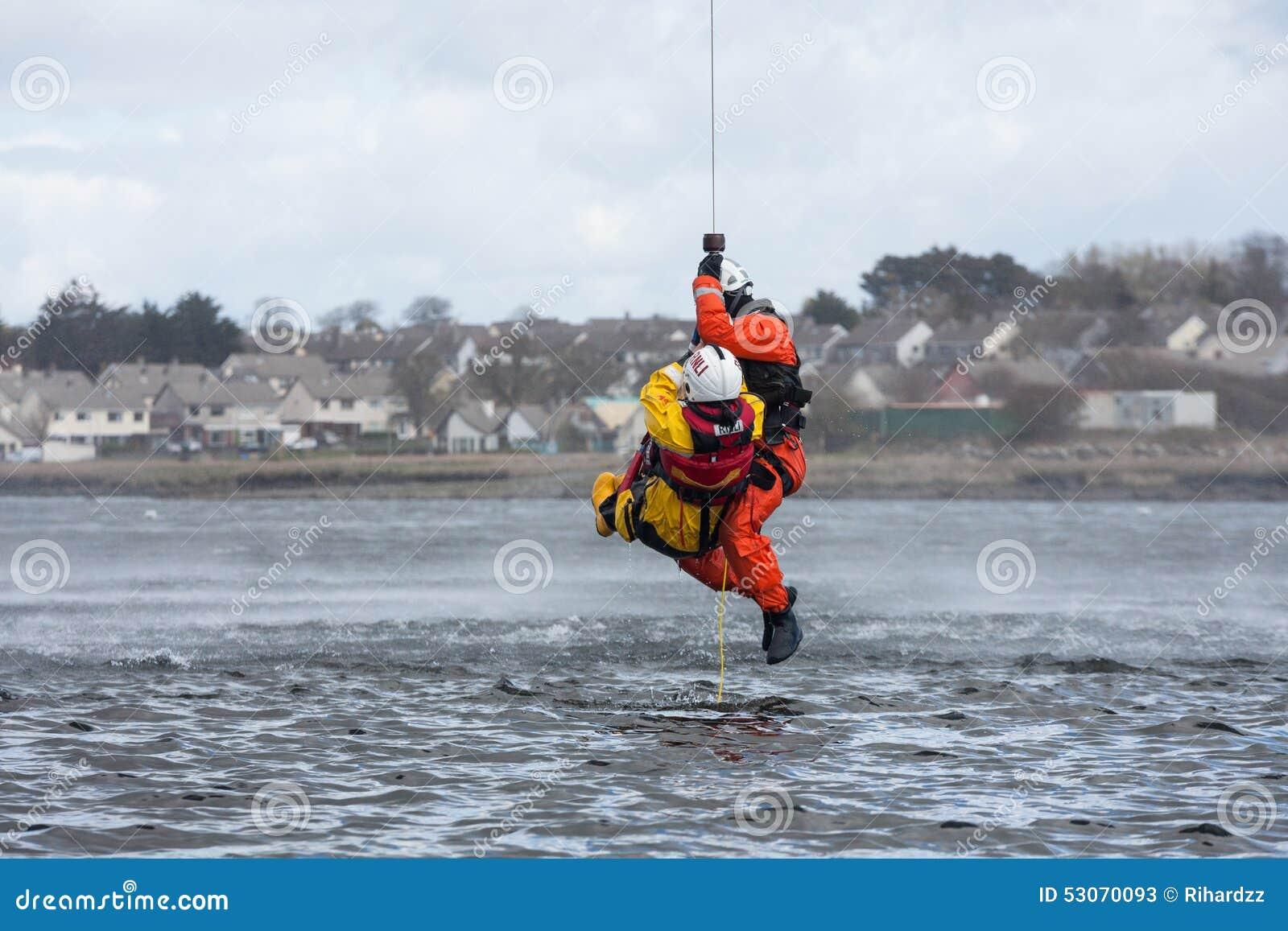 Formation de délivrance de l eau d équipage de la garde côtière