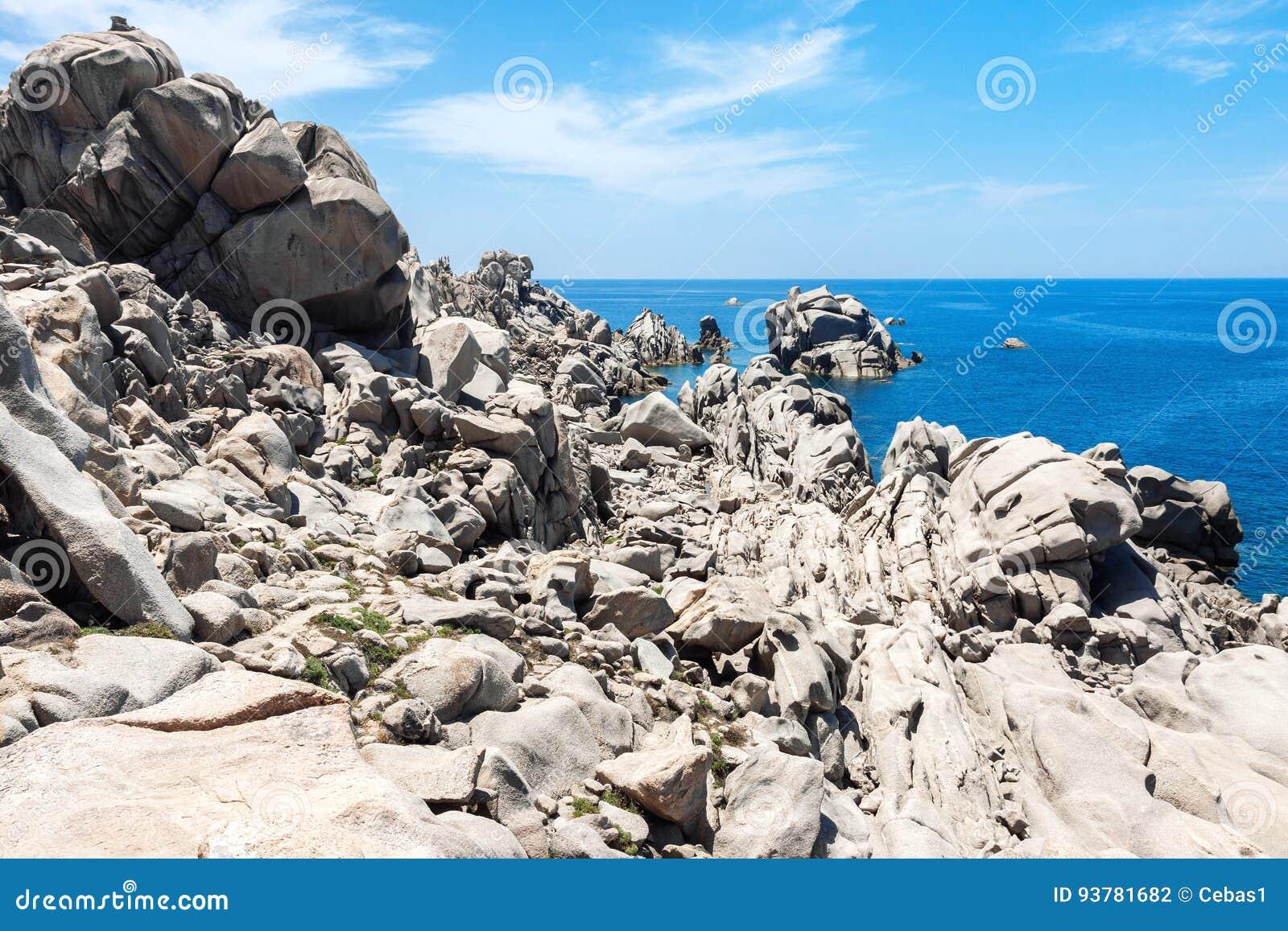 Formations de roche naturelles en Sardaigne