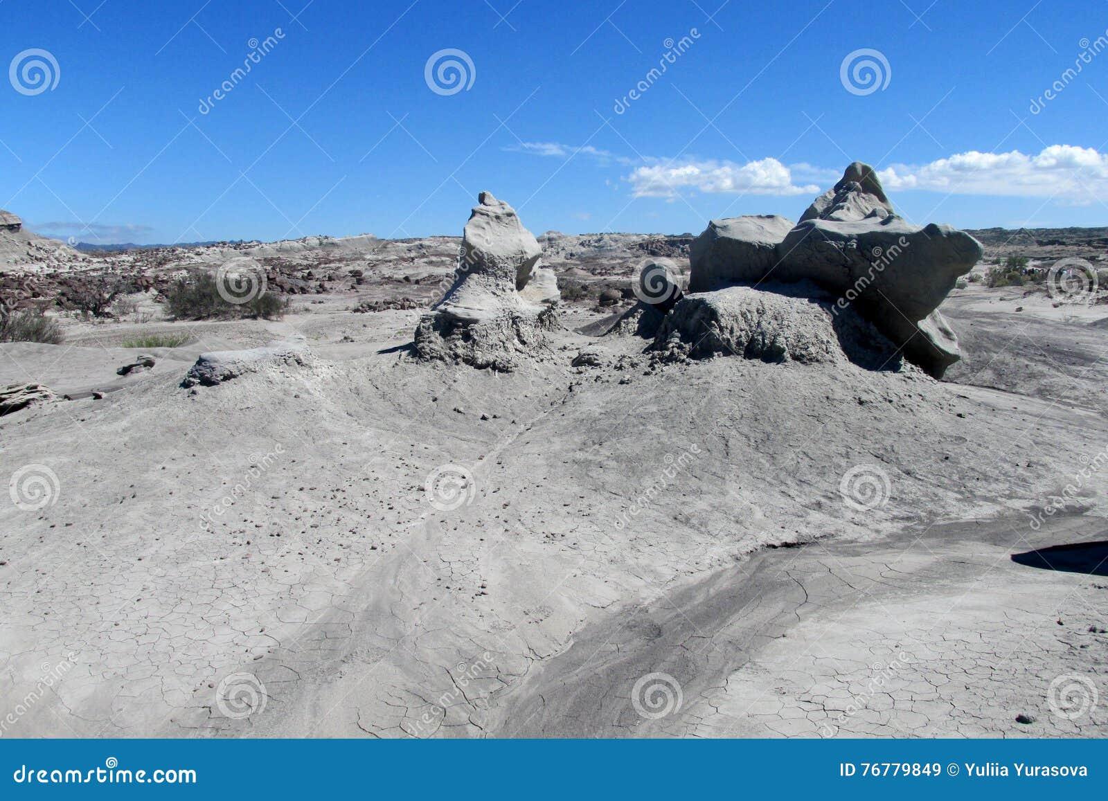 Formations de roche Vent-érodées de pierre grise de sable