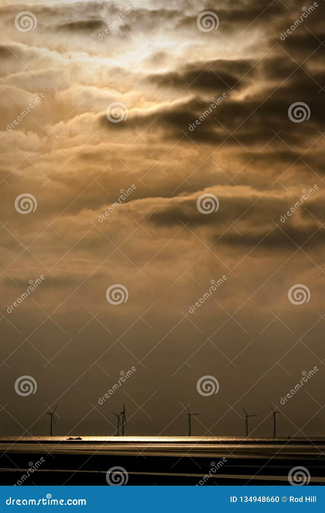 Formby和离子星海难的天堂沿海聚光灯