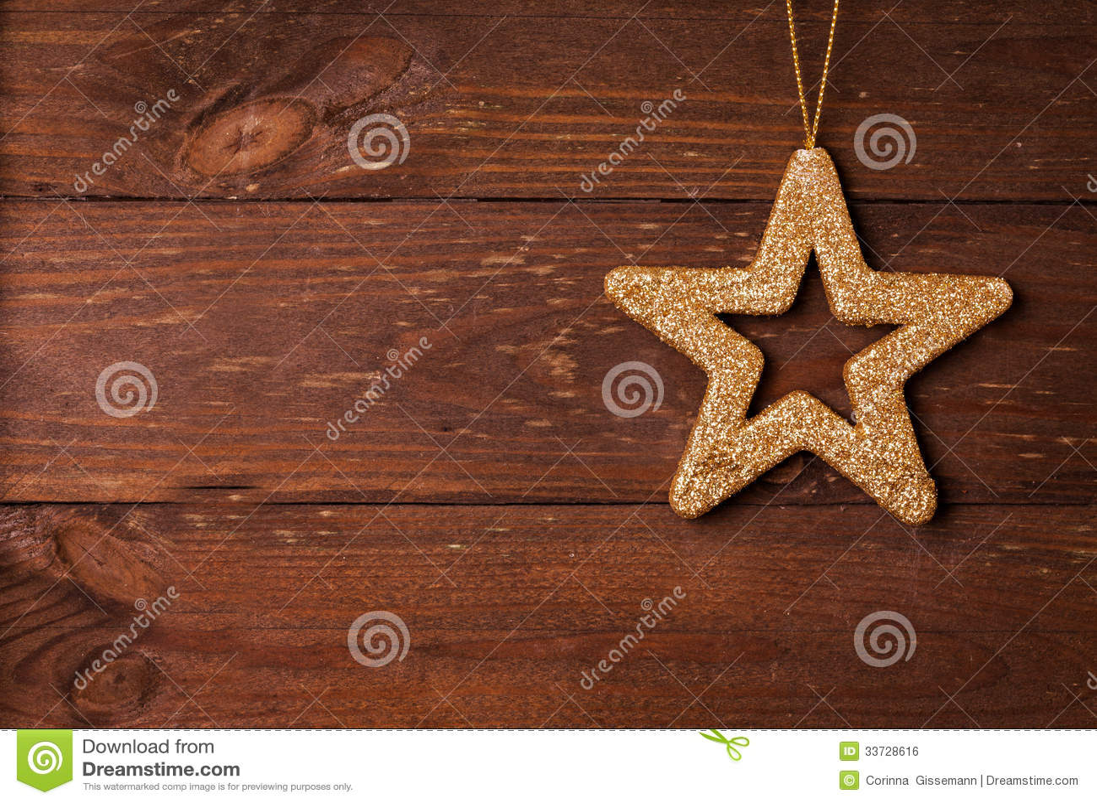 Forme d étoile sur le fond en bois