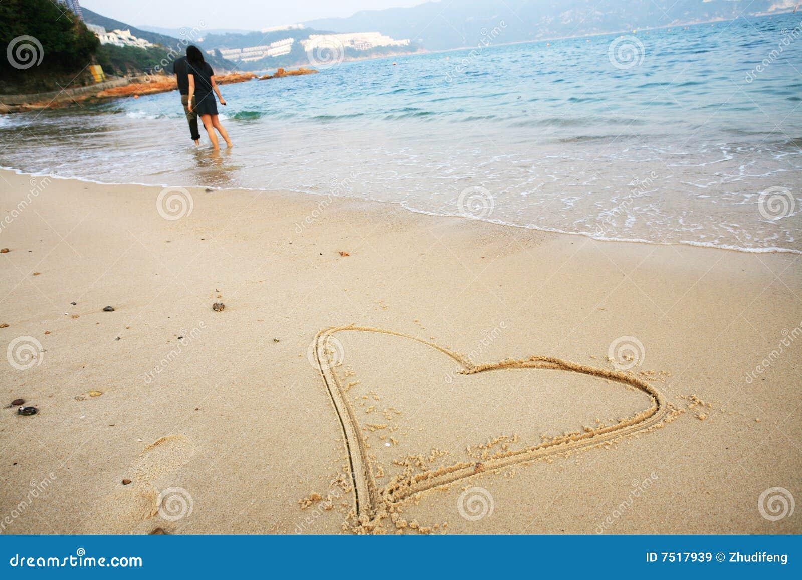 Forme de coeur de plage