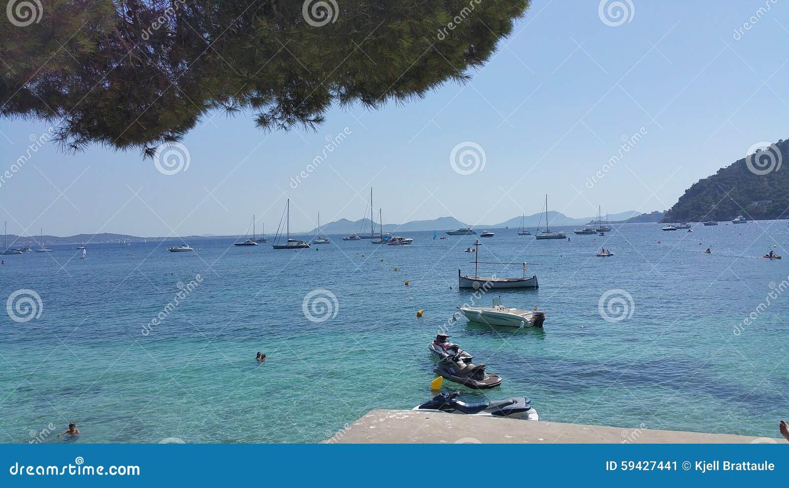 Formentor Mallorca lata widoku oceanu łodzie