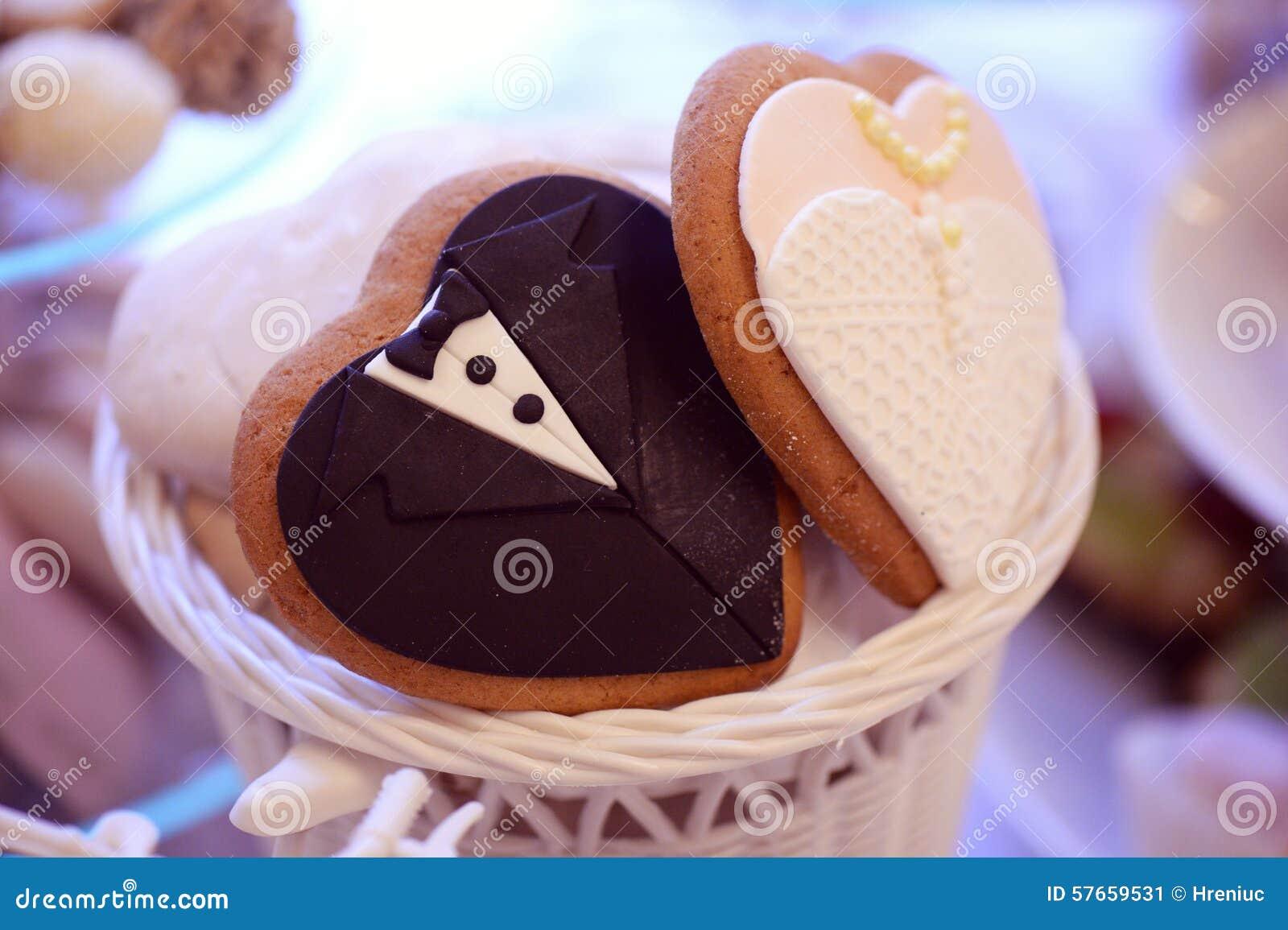 Fornala i panny młodej kształtny ciastko