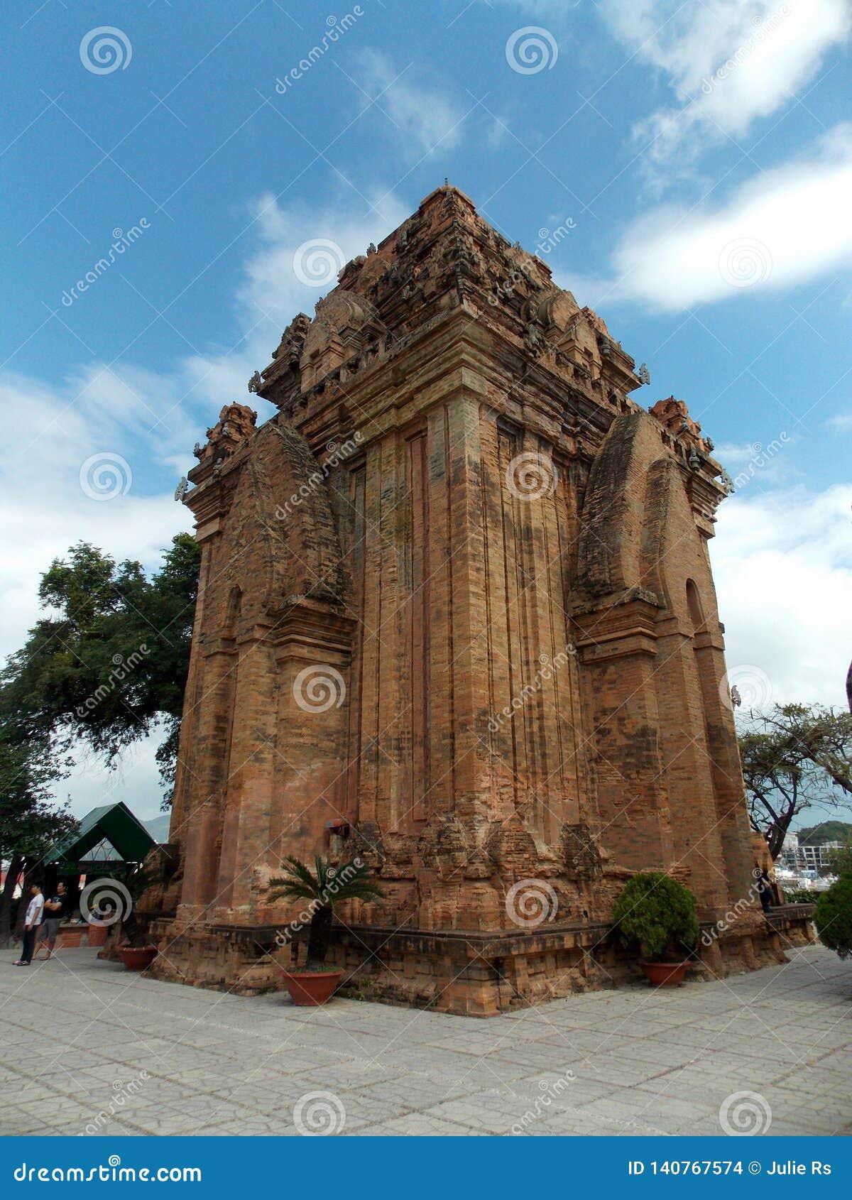 Forntida Chamtempel, Vietnam