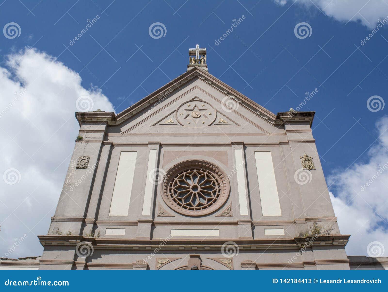 Forntida grå kristen kyrka i den Nuwara Eliya staden