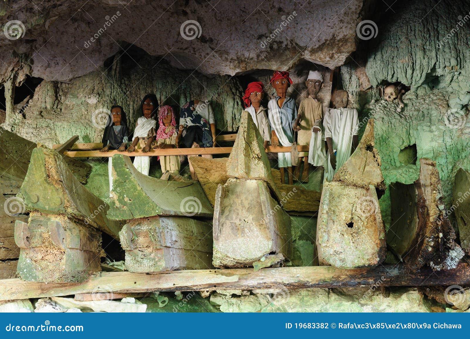 Forntida toraja för indonesia sulawesi tanatomb