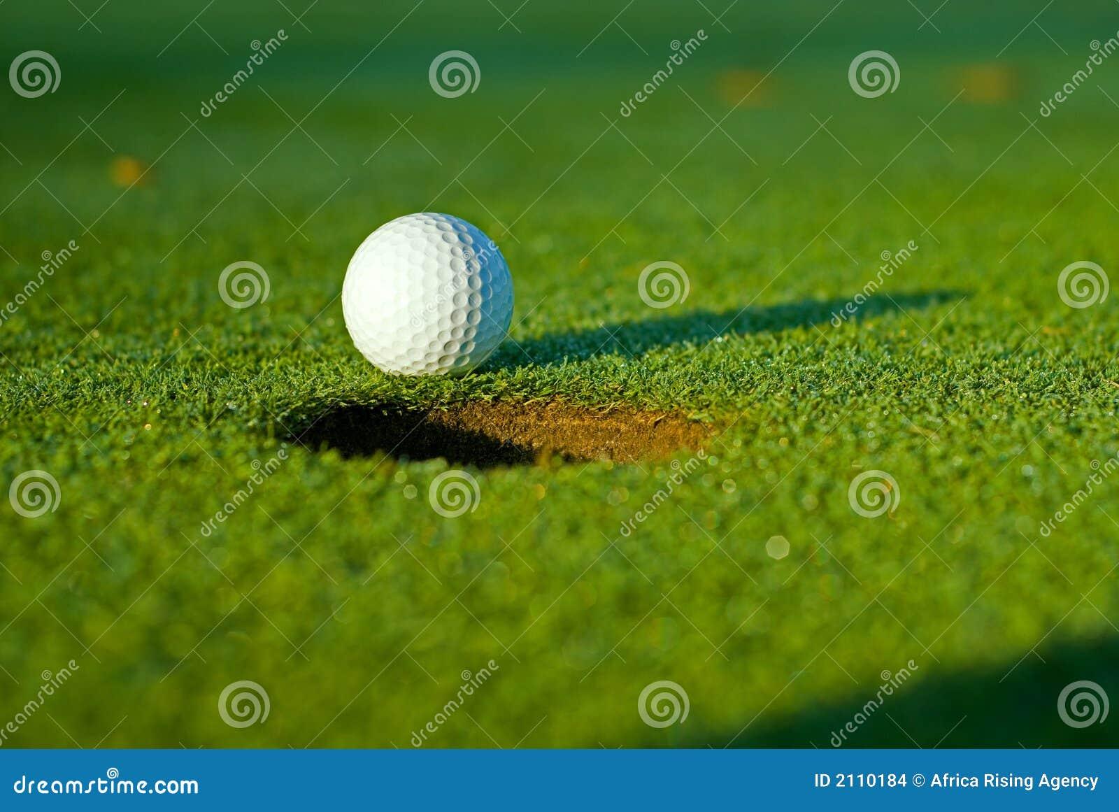 Foro di golf delle 5 sfere vicino a