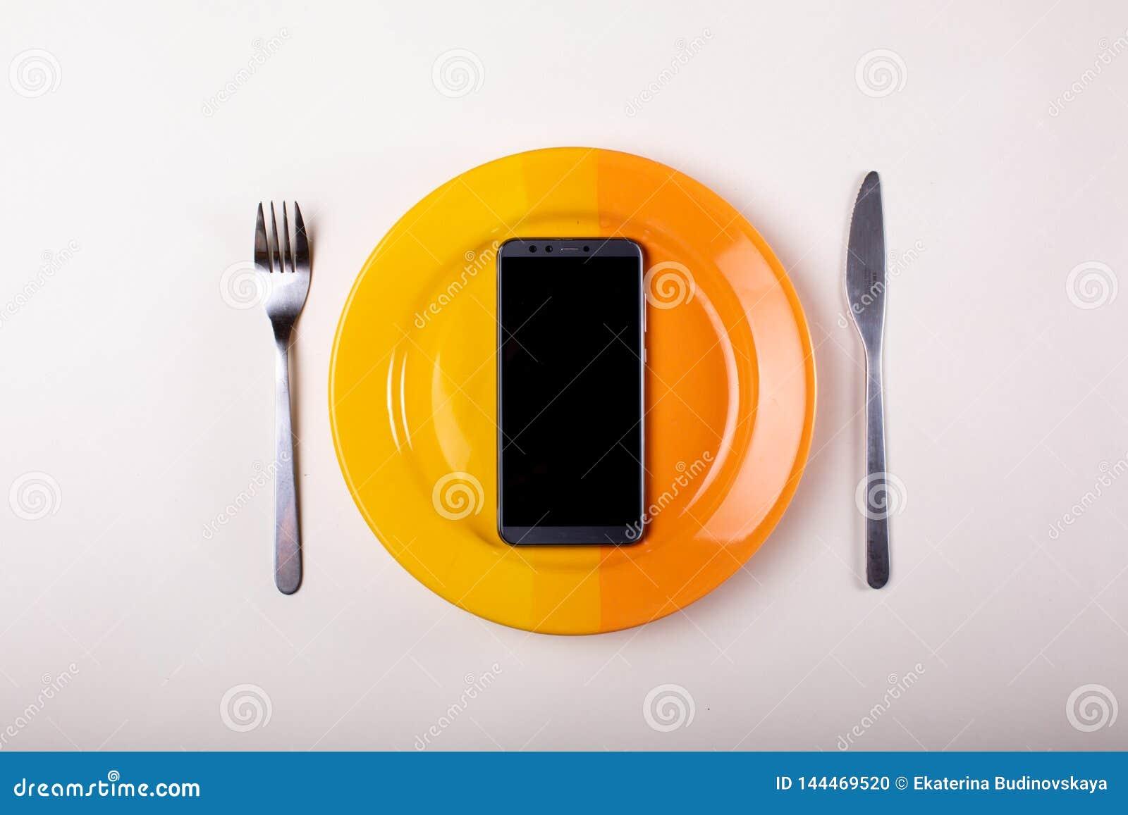 Forquilha e faca do telefone celular
