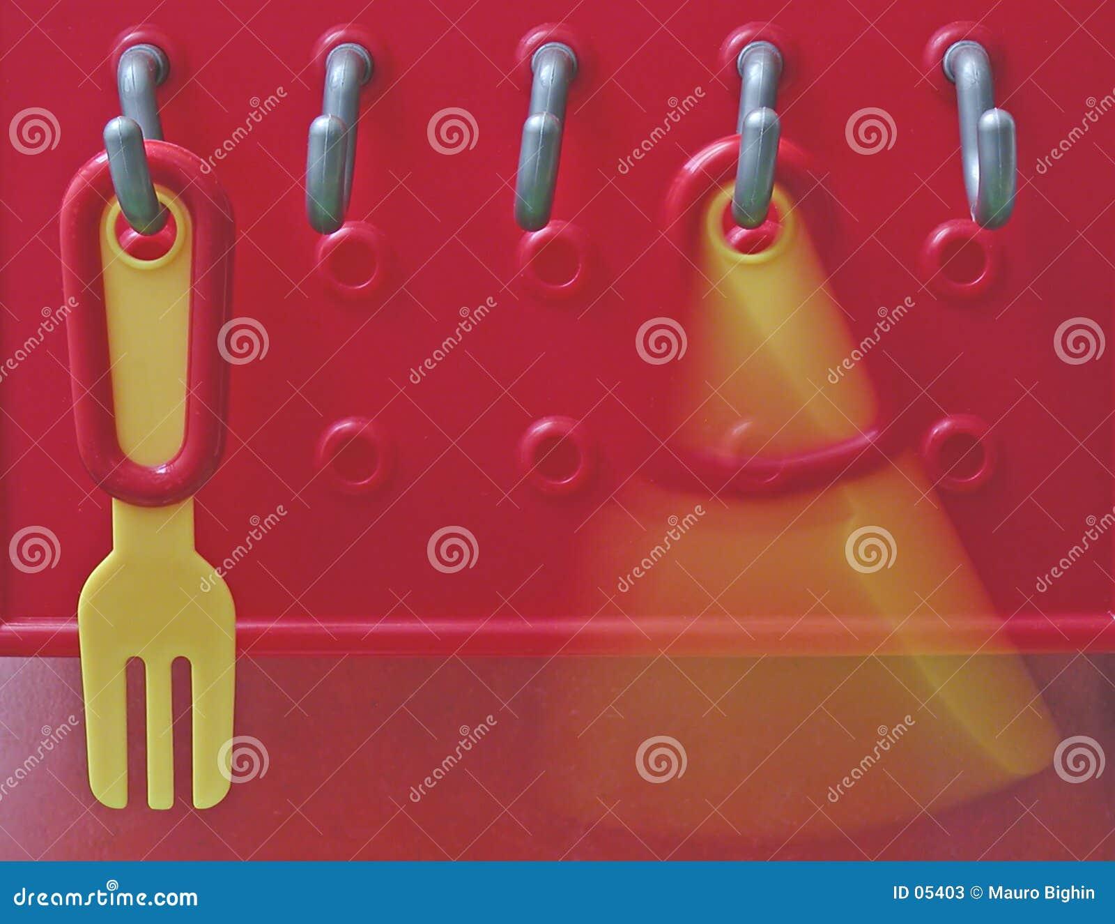 Forquilha e faca plásticas