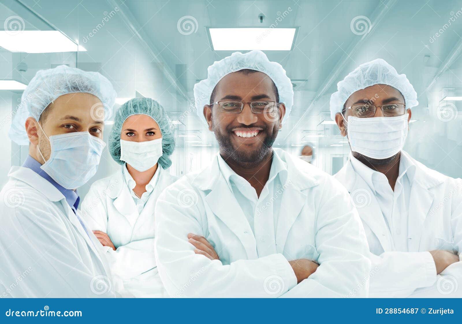 Forskarearabiskalaget på sjukhuslabbet, grupp av manipulerar