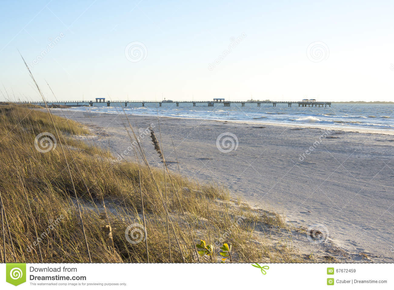 Fort desoto gulf fishing pier and beach stock image for Florida 3 day fishing license
