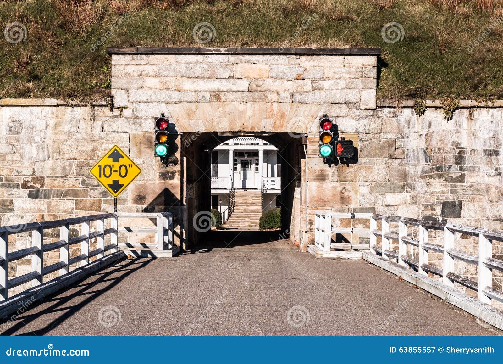 Fort Monroe i Hampton, Virginia Bridge och tunnel