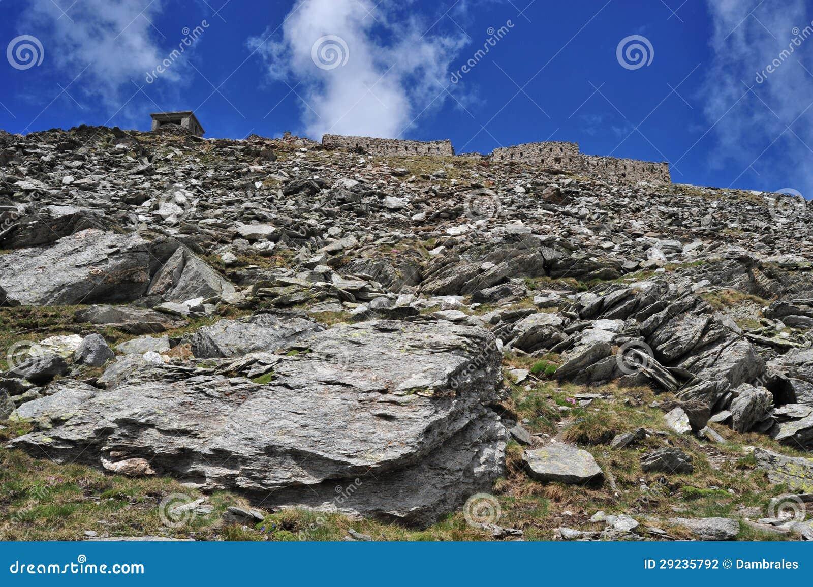 Download Forte Malamot foto de stock. Imagem de hiking, lago, concreto - 29235792