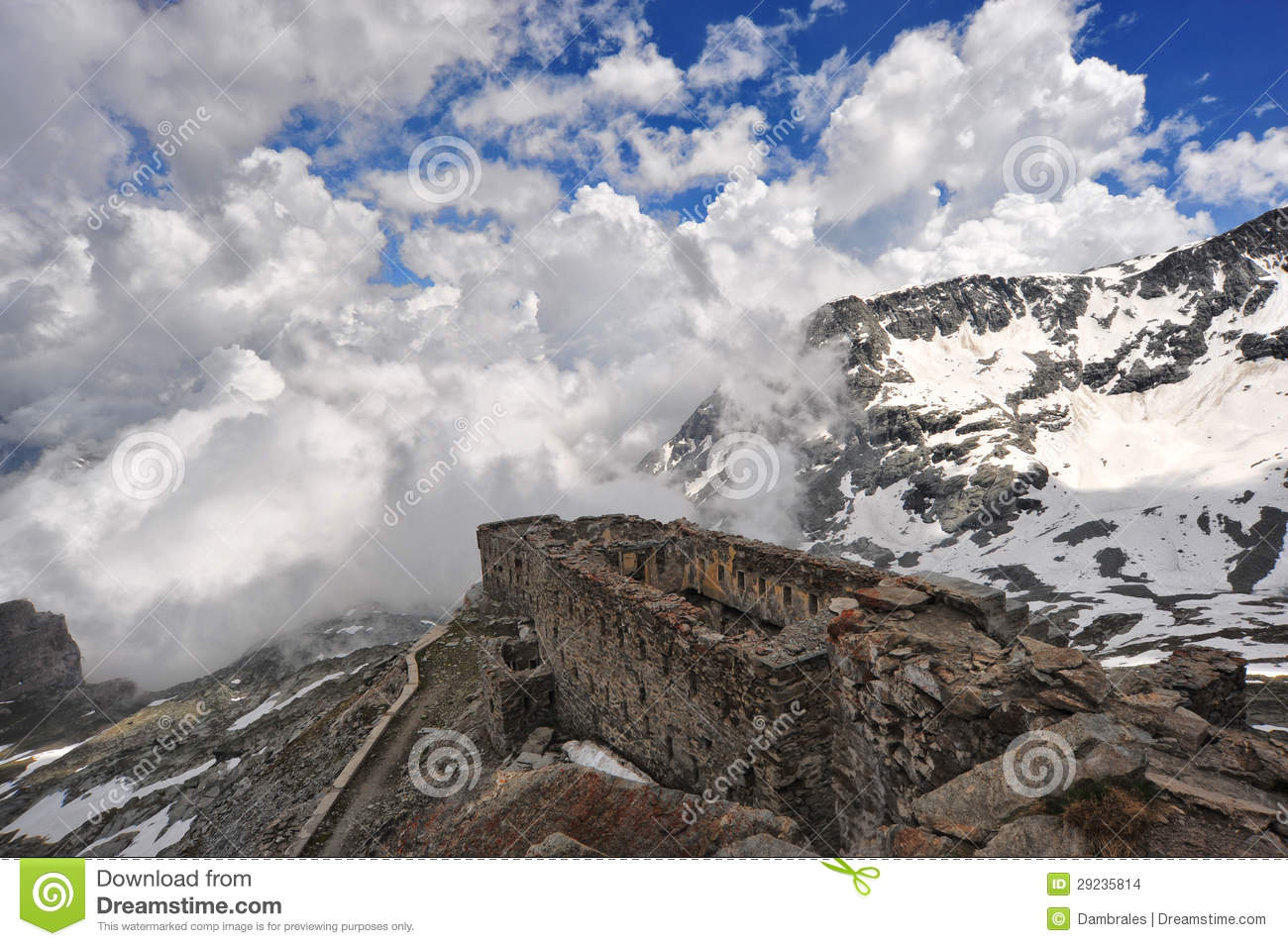 Download Forte Malamot foto de stock. Imagem de cloudy, fundo - 29235814