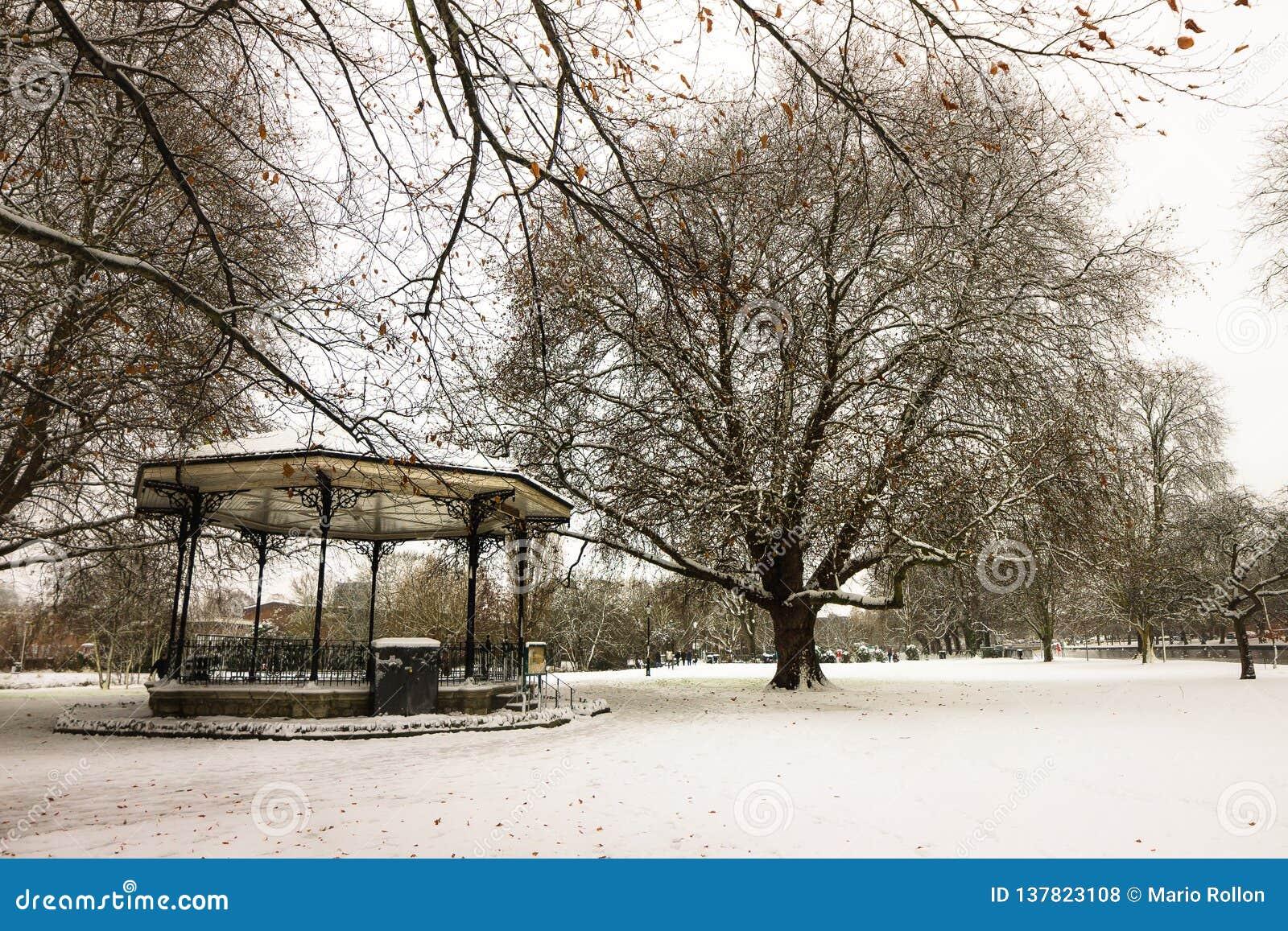 Forte nevicata a Bedford, Inghilterra