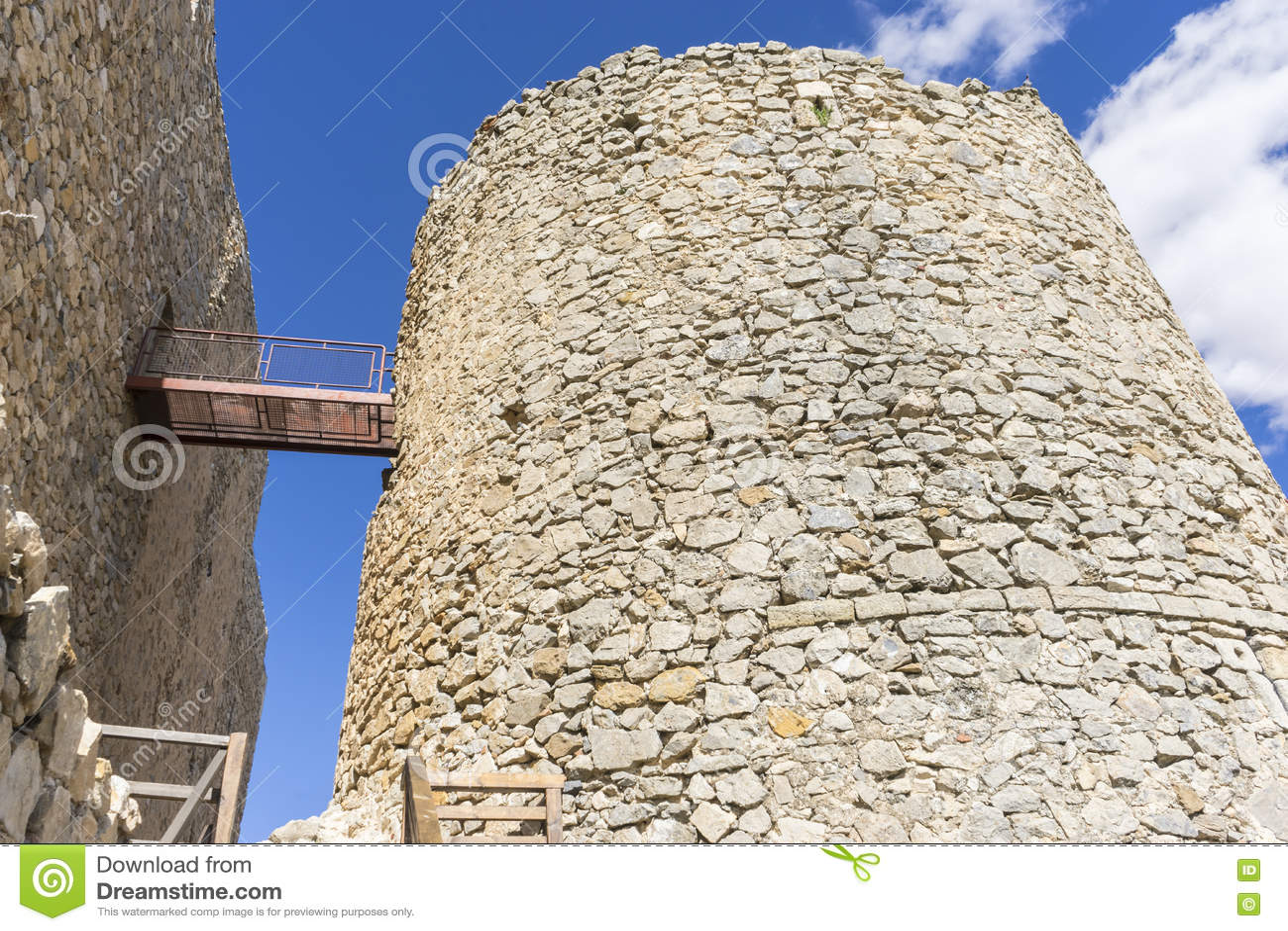 Forteresse et château de Consuegra à Toledo, Espagne Fort médiéval