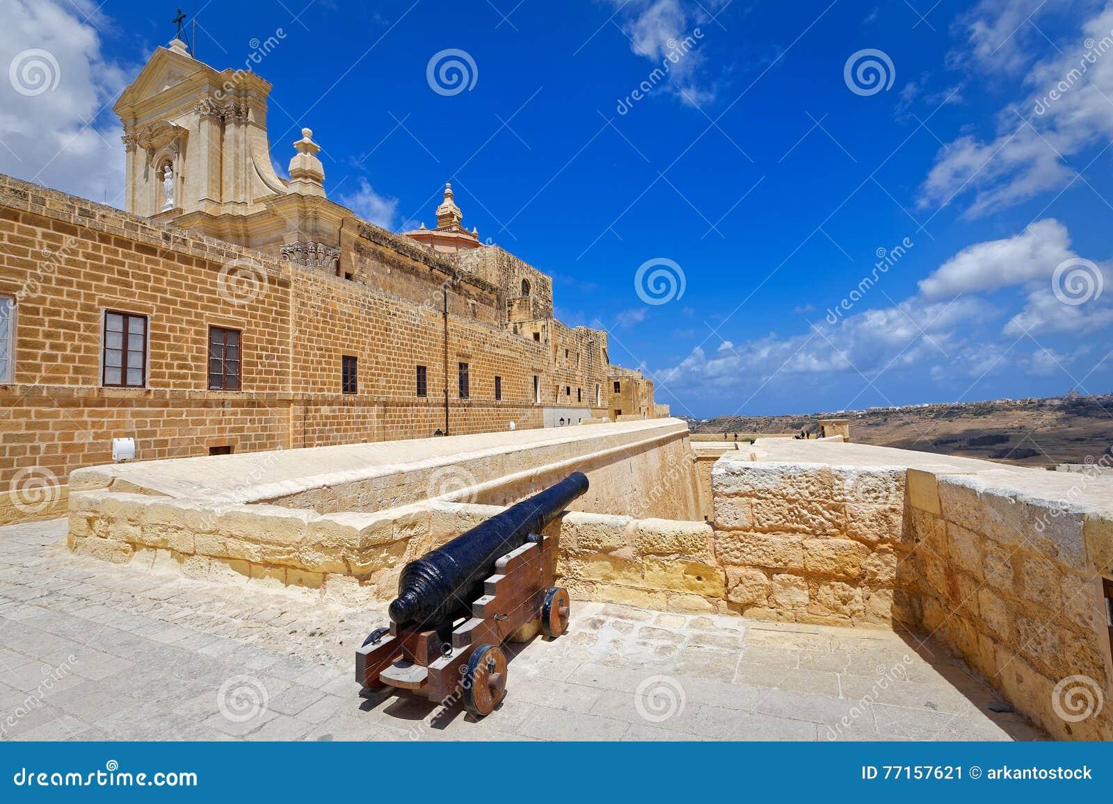 Forteresse Gozo, Victoria de canon