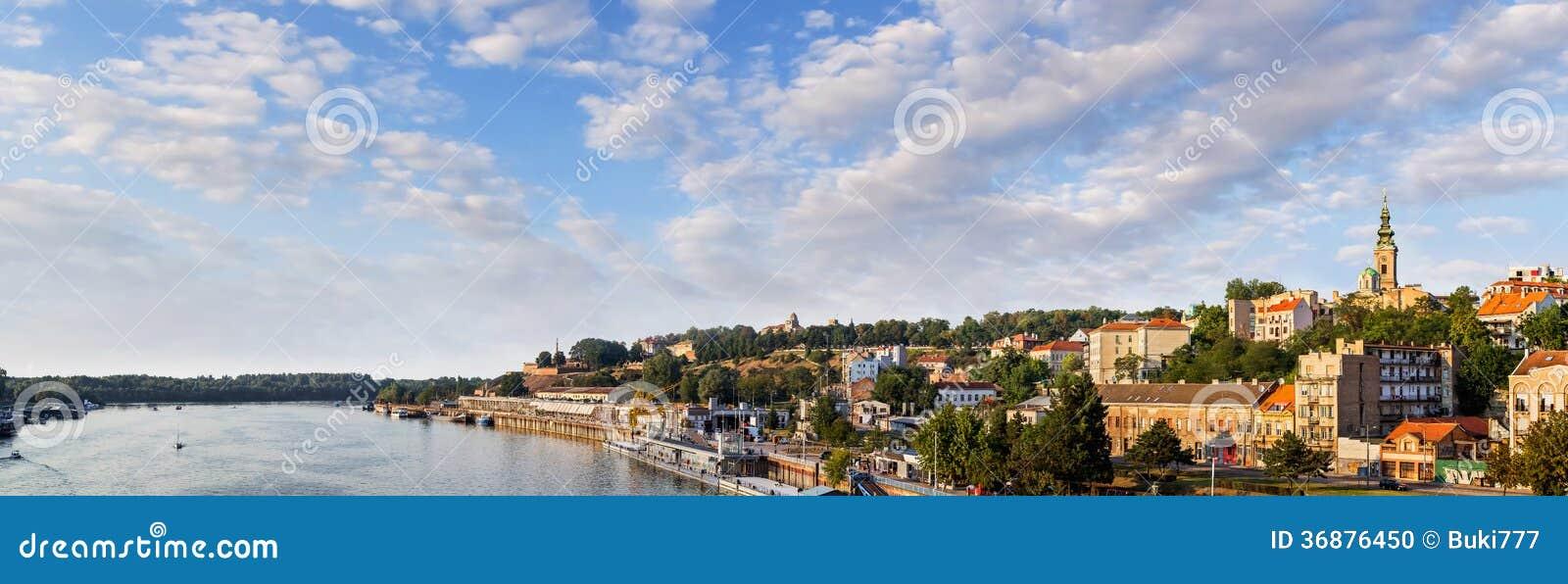 Download Fortezza Di Belgrado Kalemegdan E Porto Nautico Turistico Su Sava River Fotografia Stock - Immagine di panorama, fotographia: 36876450