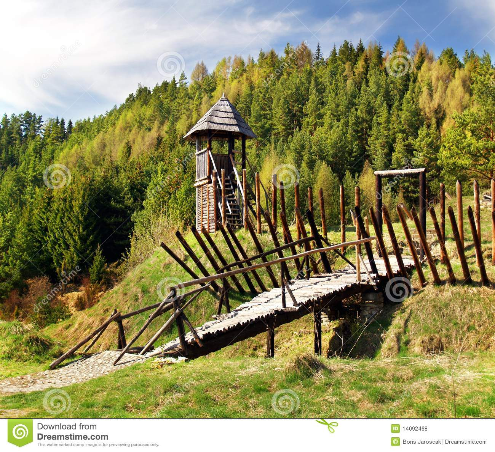 Fortification en bois antique
