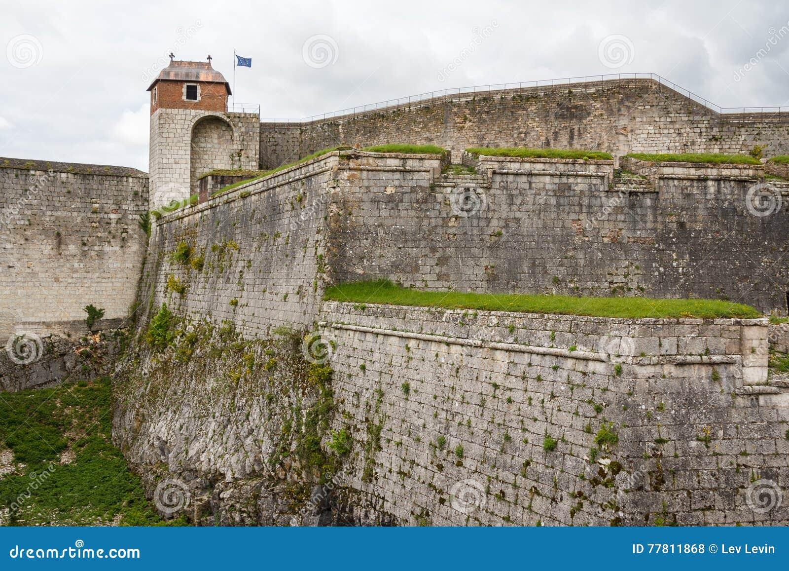 Fortyfikacje Besancon