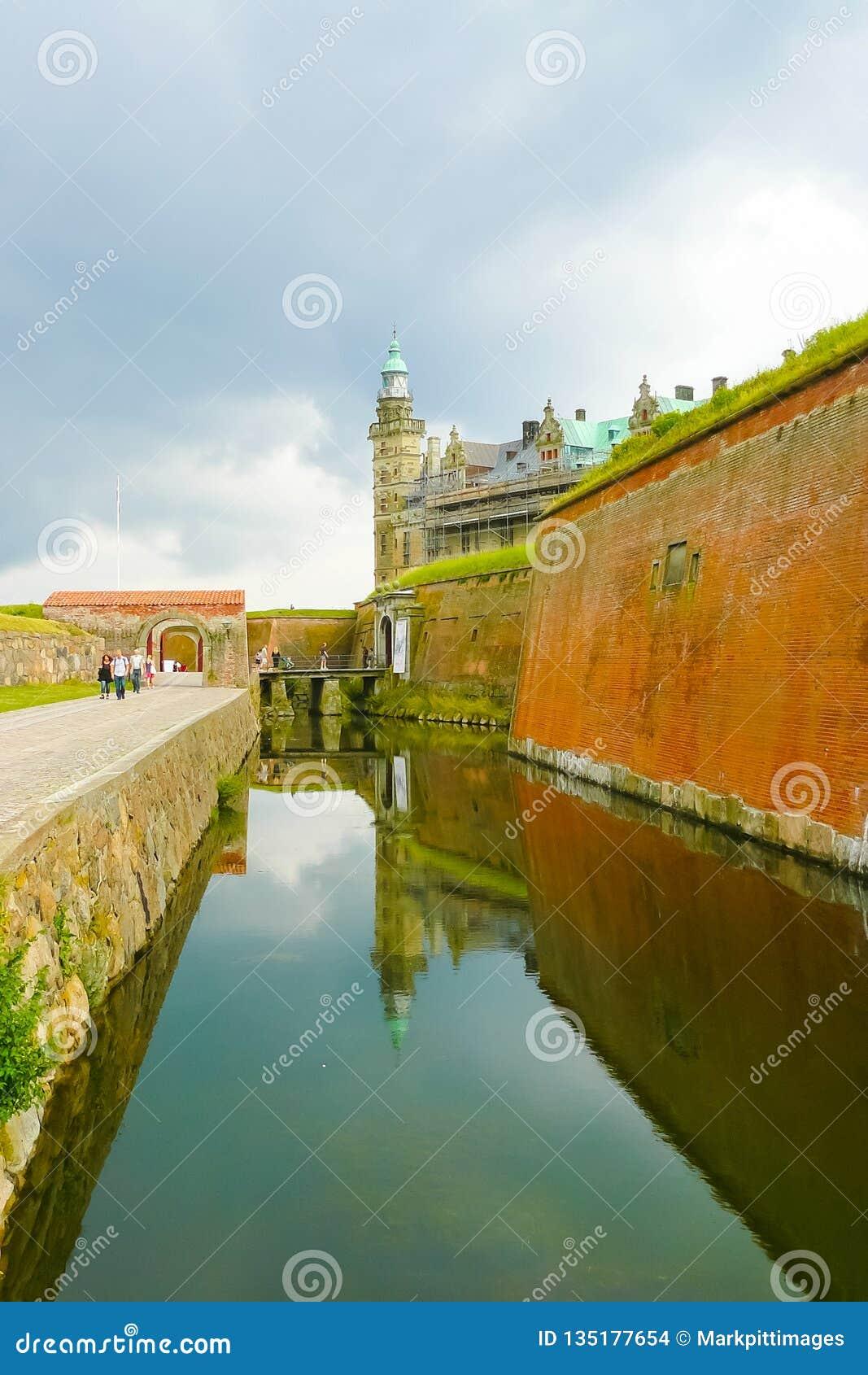 Fossato difensivo di Copenaghen Danimarca del castello di Kronborg