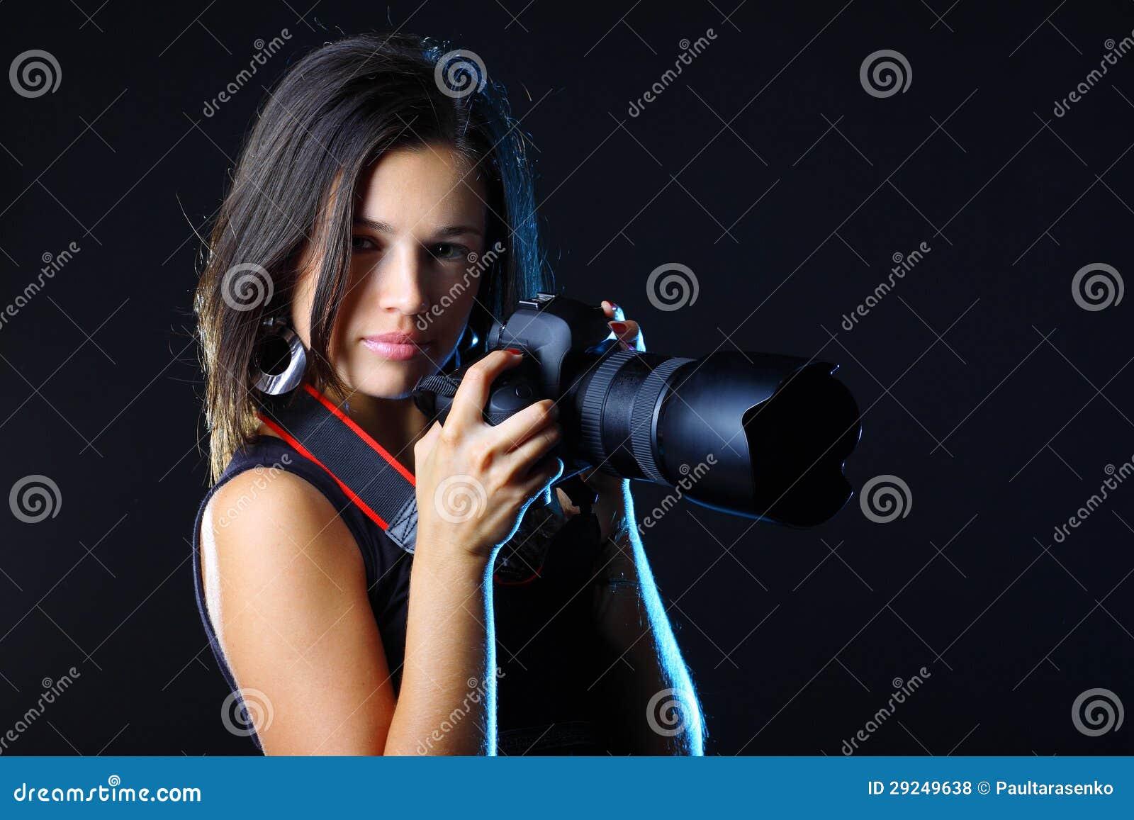 Download Fotógrafo Bonito Da Mulher Com Câmera Foto de Stock - Imagem de modelo, desejo: 29249638