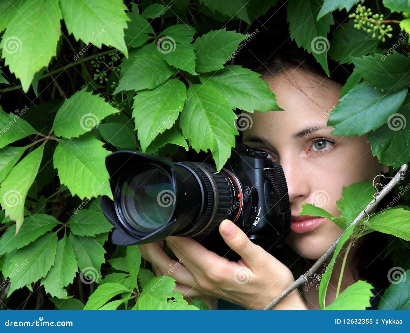 fotgrafo en la naturaleza foto de archivo libre de regalas