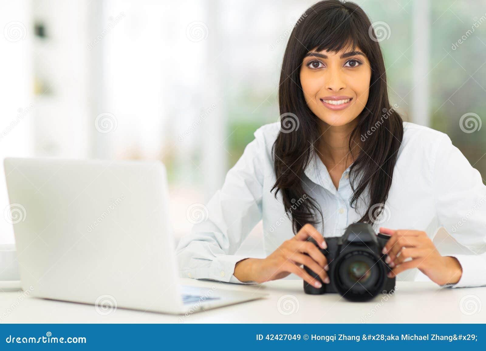 Fotógrafo indio de sexo femenino