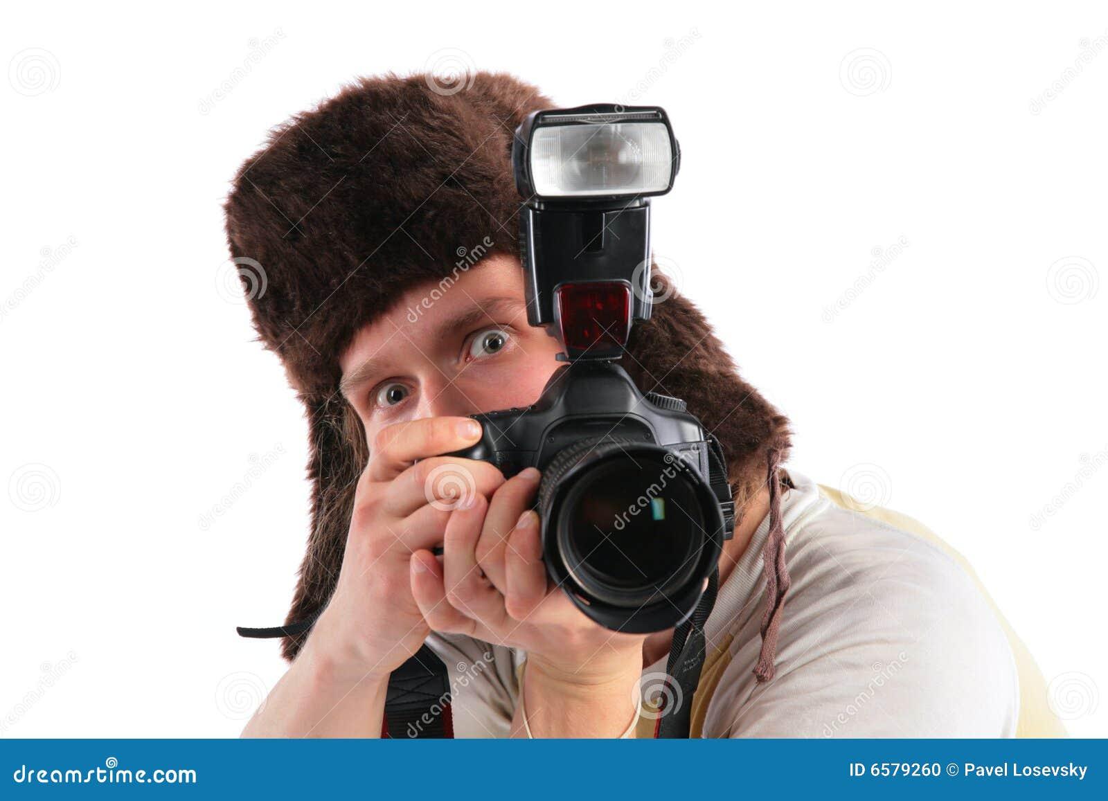 Fotógrafo ruso en sombrero de piel