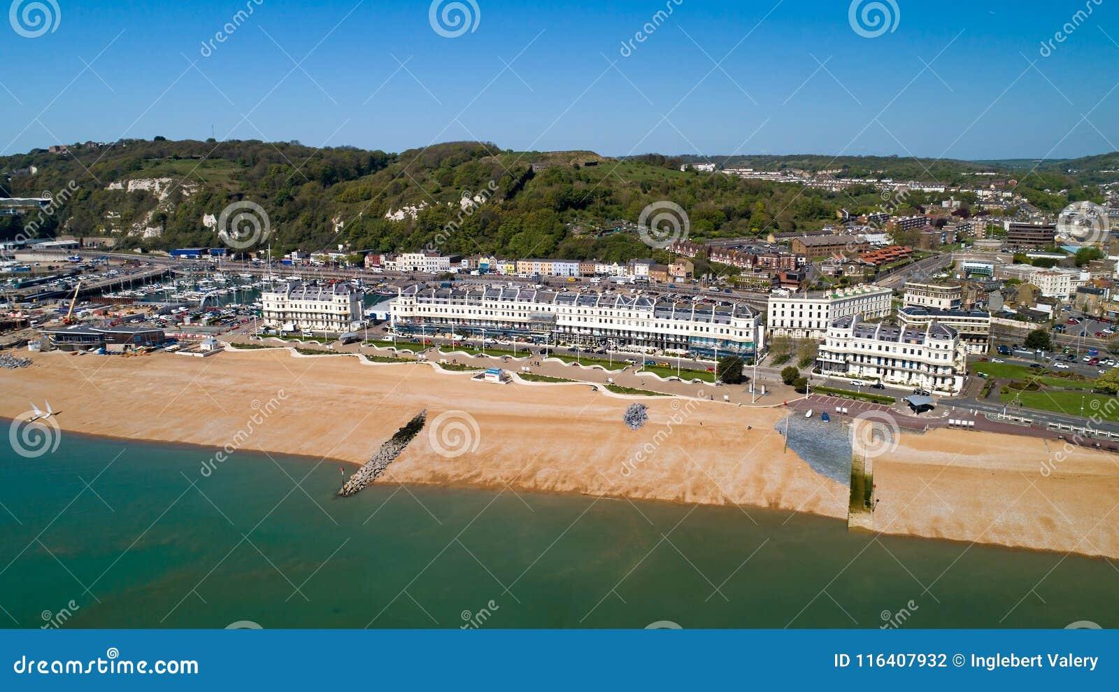 Foto aérea da praia de Dôvar, Kent, Inglaterra